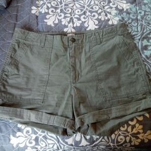 Levi's green shorts